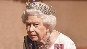 Zoufalá královna Alžběta II. chce porušit protokol! Kvůli smrti blízké ženy