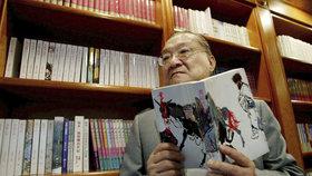 """Zemřel """"čínský Tolkien"""" (†94). Ročně prodal miliony knih, inspiroval komiksy i hry"""