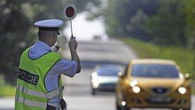 Na Olomoucku se srazila tři auta: Policisté uzavřeli dálnici D 35