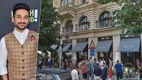 """Slavného herce ignorovali v pražské kavárně. """"Neobsluhují tu hnědé lidi,"""" napsal Vir Das (39)"""
