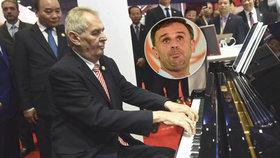 """Zeman kárá Zimolu: """"Z boje se neutíká."""" Chválí Čínu a proč tam hrál na klavír?"""