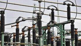 Velký výpadek elektřiny u Brandýsa nad Labem. Bez proudu byly stovky domácností