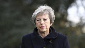 """Brexit má konečně zelenou, dohodu odkýval kabinet.  """"Rozvodové papíry"""" mají skoro 600 stran"""