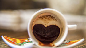 Jaká vás čeká budoucnost? Prozradí vám to váš šálek čaje či kávy!