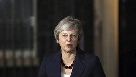 """""""To není brexit, ale prů*er."""" Dohoda s EU dělí Británii, na Mayovou se chystá puč"""