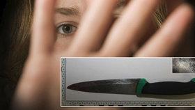 Sháněl expřítelkyni a vnikl do tří bytů: Lásku jí vyznával s nožem v ruce