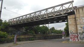 V Holešovicích proběhne údržba mostu. Dopravu čekají dočasné změny