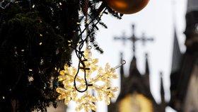 Na Smíchově začíná advent. Nechybí vánoční trhy, stromek a koncerty
