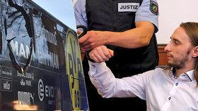 Sergej dal bombu pod autobus fotbalových hvězd: Za zákeřný útok dostal 14 let!