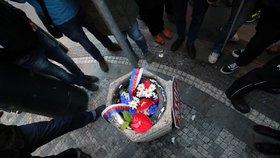 Kytice Babiše, Zemana a Okamury v koši: Aktivisté se k přestupku doznali, čeká se na vyjádření poškozených
