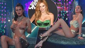 Bella Thorne oděná jen do šlehačky: Ještě zpěv, nebo už Peříčko?