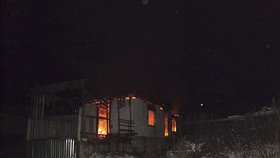 Všechny uhořely! Matka (†28) a její čtyři dcery (†5 až †9) zemřely při požáru rodinného domu: Možná šlo o úmyslný čin!