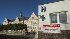 Ve Frýdlantu se po otravě devíti pacientů znovu může operovat: Co způsobilo komplikace, není jasné