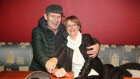 Milenci z Marečku, podejte mi pero opět spolu! Schmitzer a Medvecká po 42 letech!