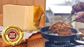 Test rostlinných tuků: Smaží se řízky lépe na másle? Co se skrývá pod obalem oblíbených kostek?