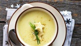 Vánoční rybí polévka: Recepty slavných šéfkuchařů i tradiční klasika