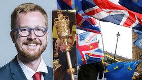 Poslance rozohnil odklad hlasování o brexitu. Chopil se zlatého žezla, vykázali ho