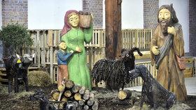 Tak trochu jiný betlém: Ve zlínské Kovozoo ho postavili ze šrotu!