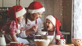 Nejlepší vánoční recepty na cukroví, kapra, salát a další dobroty