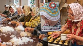 Slovácké stařenky jako modelky! 70 babiček otevřelo světu tajné světničky i dvorky