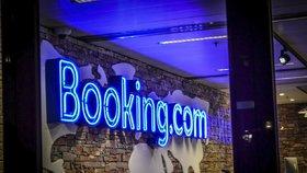 Booking.com schytal v Česku pokutu 8,3 milionu. Za extra levné ubytování