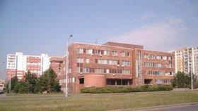 Poliklinika v Bohnicích bude dostupnější. Začala rekonstrukce parkoviště