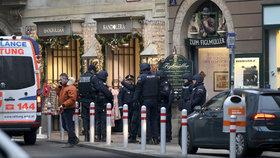Při střelbě ve Vídni zemřel známý mafián. Útočník střílel přímo do hlavy