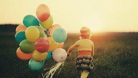 Mexičanka (8) poslala přání po balonku, Američan ho splnil: Ani ostnatý drát mi nezabránil, řekl