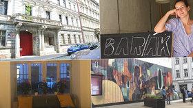 Bar/ák u metra Florenc znovu otevřel. Před vchodem stále zametají injekční stříkačky