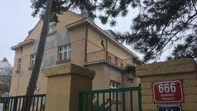 Příliš žádaný pozemek: O luxusní adresu v Praze 6 mají zájem Arméni, radnice i nájemci