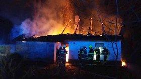 V Pardubickém kraji hořel penzion: Ničivý požár v sobotu způsobil škodu skoro 5 milionů!