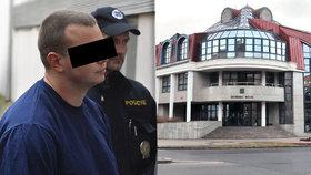 Přepadl banku v Příbrami a držel rukojmí: Mladého muže vyšetří psycholog