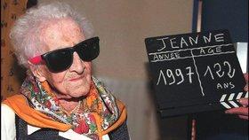 Prolhaná nejstarší žena světa? Místo 122 let se zřejmě nedožila ani stovky