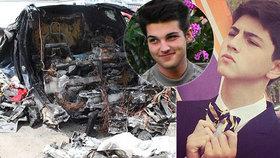 Zbohatlický synek (†18) uhořel v tesle, která havarovala ve 186 km/h: Rodiče žalují automobilku!