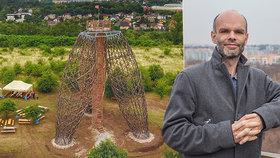 """""""Doteď jsme opravovali, nyní chceme rozvíjet,"""" říká staronový starosta Prahy 14. Co plánuje?"""