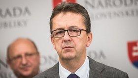 Stýkal se s Kočnerem. Místopředseda slovenského parlamentu po kritice rezignoval