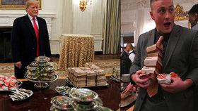 300 hamburgerů a pizza: Trump hostil v Bílém domě fotbalisty, jídlo objednal z fast foodu