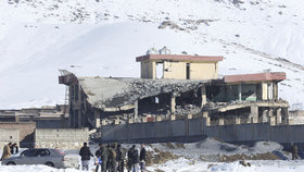 Po útoku Tálibánu na výcvikové středisko přes 120 mrtvých. Čechům se vyhnul
