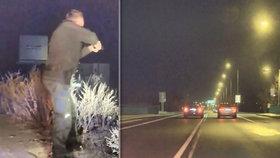 Zběsilou jízdu volkswagenu nezastavila ani policejní střelba: Řidič na letiště nedojel