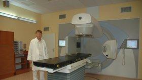 Novým ředitelem VFN má být šéf onkologického centra Feltl. Co na to nemocnice?