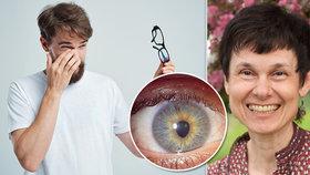 Záchrana očí prostou metodou: Choďte sami a nekoukejte se pod nohy, radí učitelka zraku