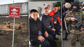 Vrtulníkem přeletěl zákopy i minová pole. Petříček na válečné linii Ukrajiny