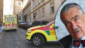 Schwarzenberg skončil opět v nemocnici. Jaký zákrok musel podstoupit?