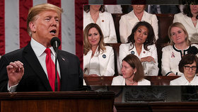 Trump řešil blaho Američanů i politický smír. Ženy v bílém mu poslaly vzkaz