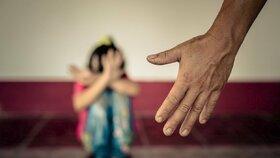 Kluk (11) obtěžoval v Opavě spolužačky! Hrozil, že je znásilní a sahal jim do rozkroku