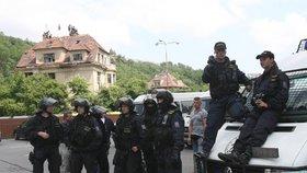 Vily Milada a Miluška, ve kterých řádili squatteři, budou k mání: Zálusk na ně má Karlova univerzita
