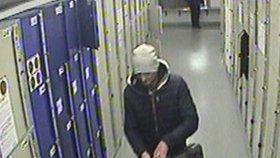 Zloděj-houslista kradl na hlavním nádraží: Muž přišel o nástroj za 130 tisíc!