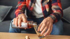 """Láme stát hůl nad alkoholiky? Tomáš musel čekat na """"odvykačku"""" půl roku"""