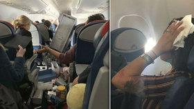 Hrůzu nahánějící turbulence 10 kilometrů nad zemí: Letadlo se dvakrát řítilo k zemi