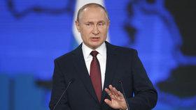 """""""Více dětí, méně daní."""" Putin slíbil Rusům lepší zítřky za obří částky"""